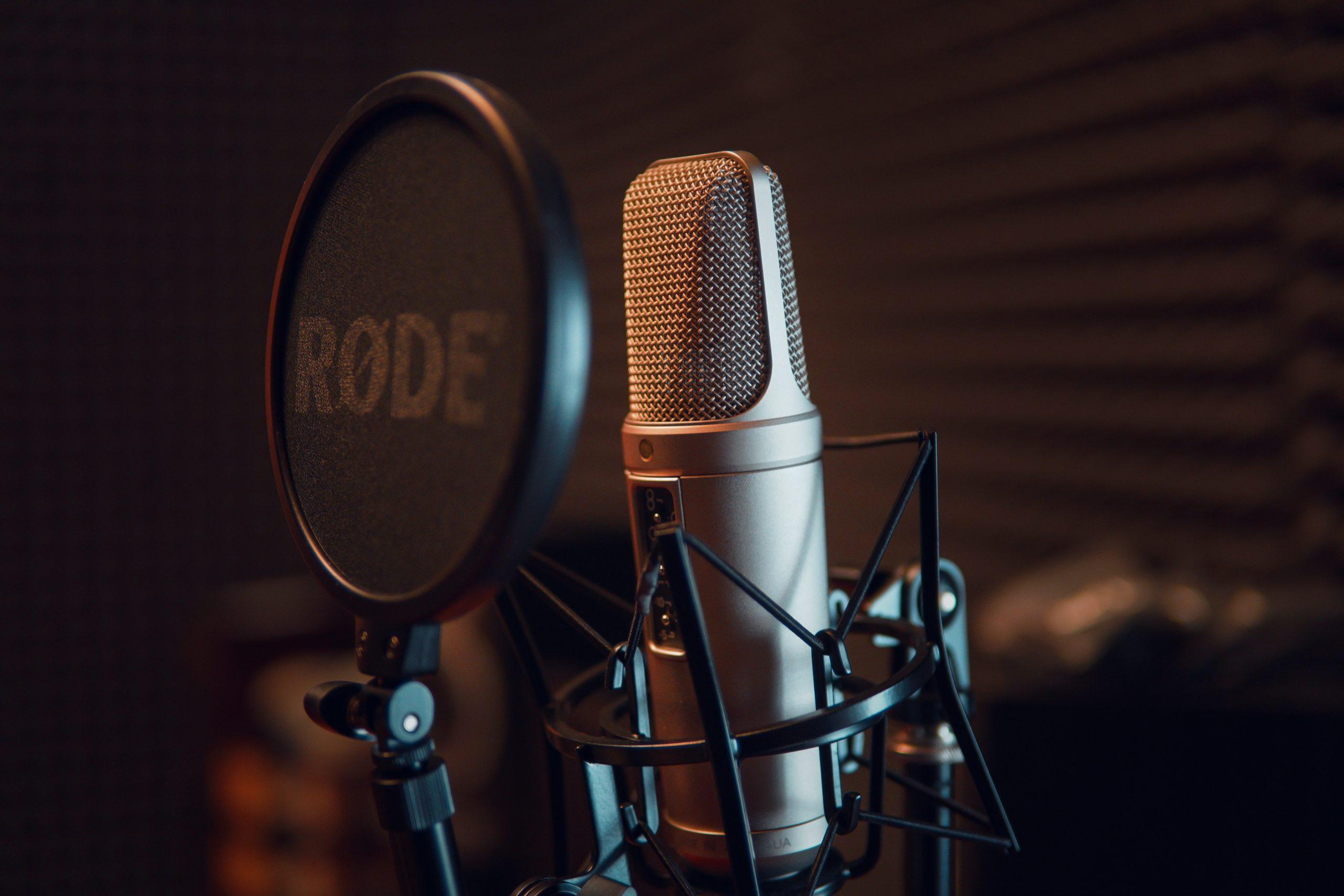 IFT abre convocatoria para 319 estaciones de radio en am fm